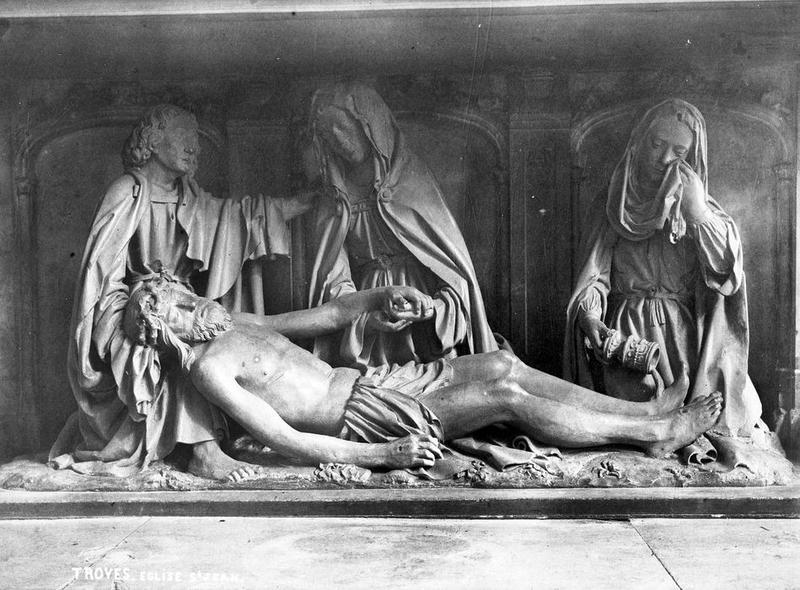 Groupe sculpté : Christ mort soutenu par la Vierge, saint Jean et Marie-Madeleine