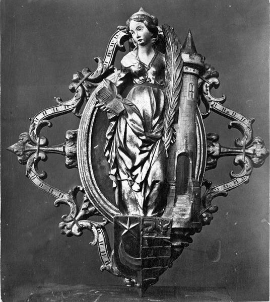 6 clefs de voûte : Vierge à l'Enfant, sainte Barbe, sainte Catherine, saint Jean-Baptiste, saint Michel, saint Claude