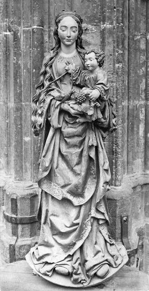 Statue : Vierge à l'Enfant dite Vierge aux raisins