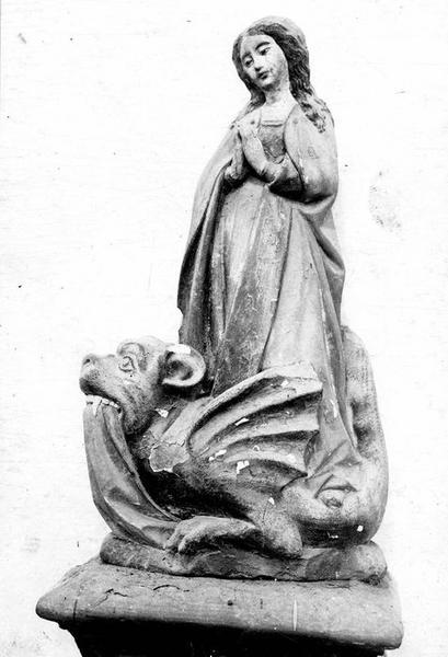 Statuette : Sainte Marguerite
