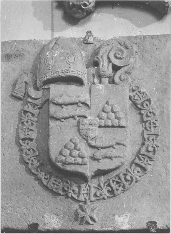 armoiries de l'évêque Christophe de Lestang, vue générale