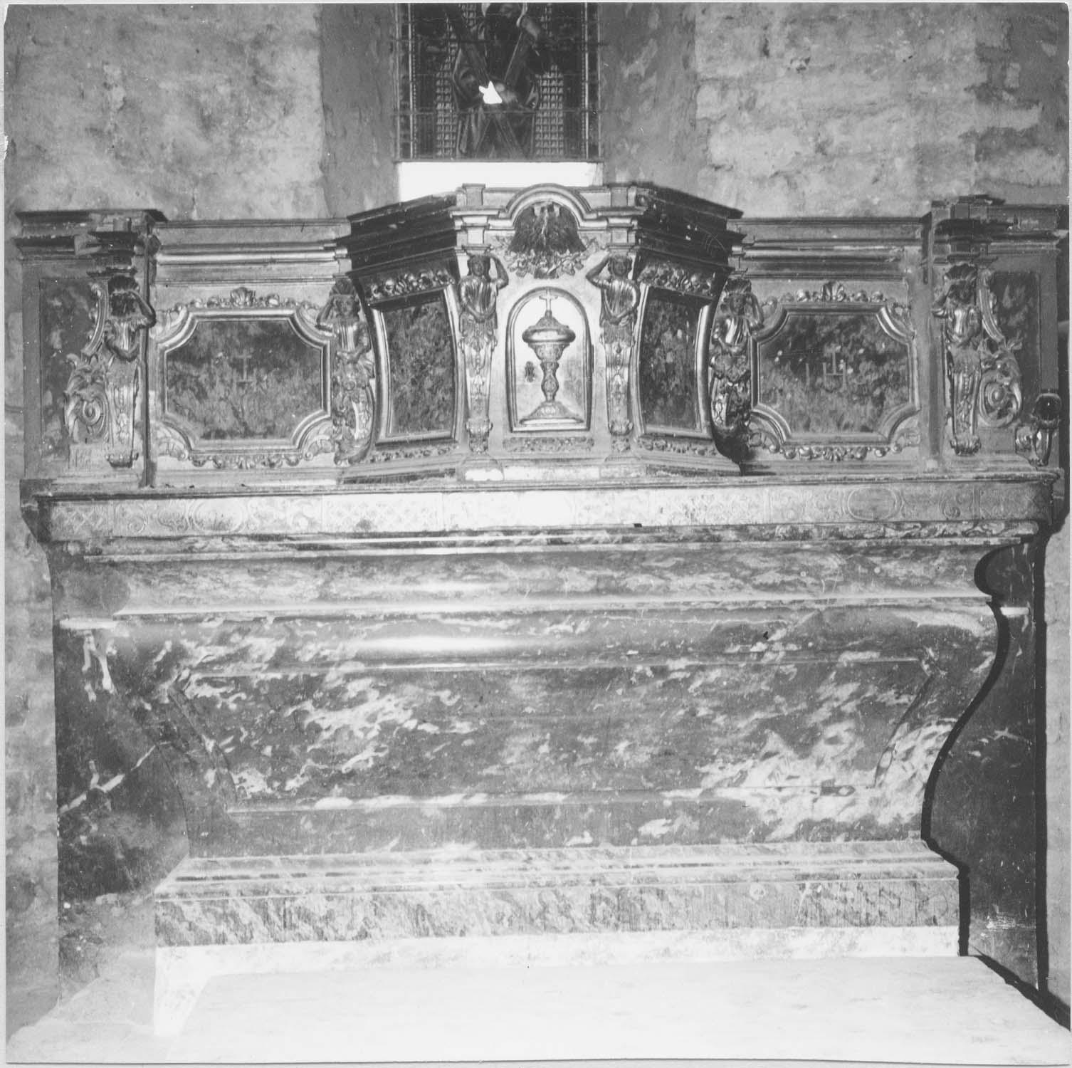 Tabernacle et retable du maître-autel, vue générale