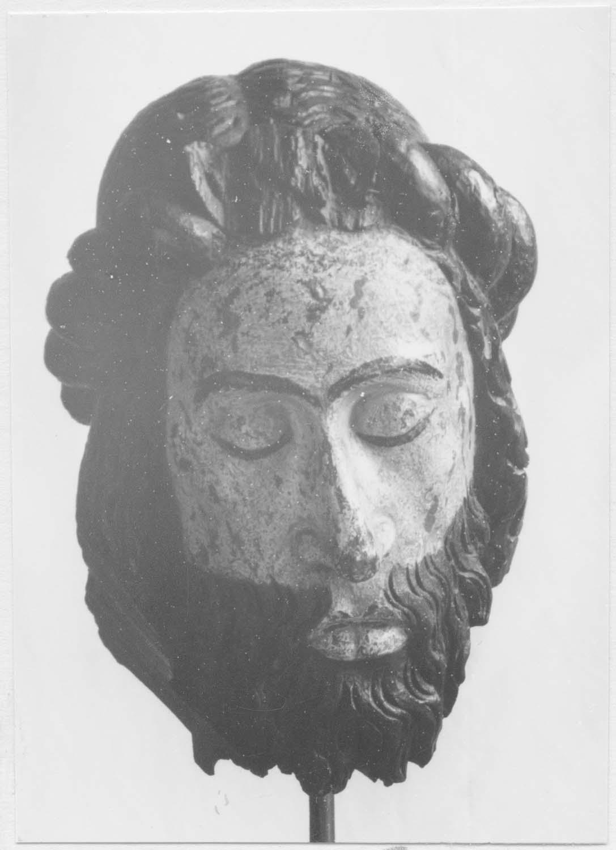 tête : Christ, vue générale