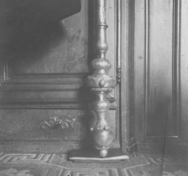 Bâton de pèlerin : bourdon du chapitre