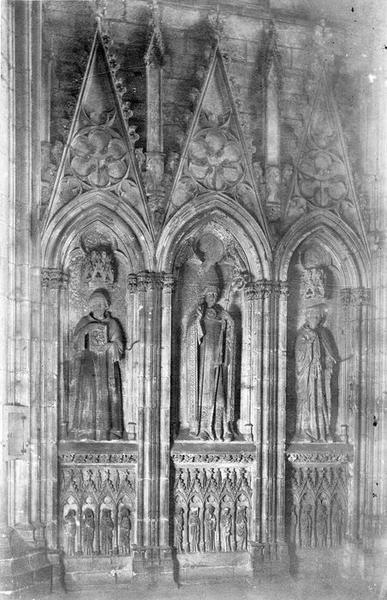 monument funéraire de Pierre de Roquefort, évêque de Carcassonne, vue générale