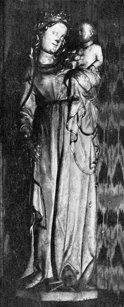 statue : Vierge à l'Enfant dite la Vierge au sourire, vue générale