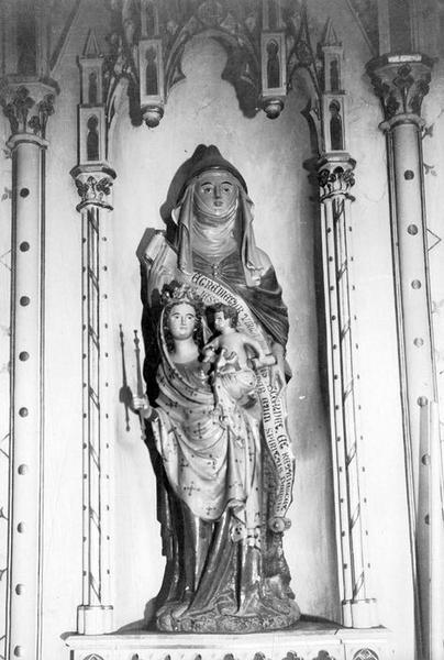groupe sculpté : Sainte Anne, la Vierge et l'Enfant Jésus, vue générale