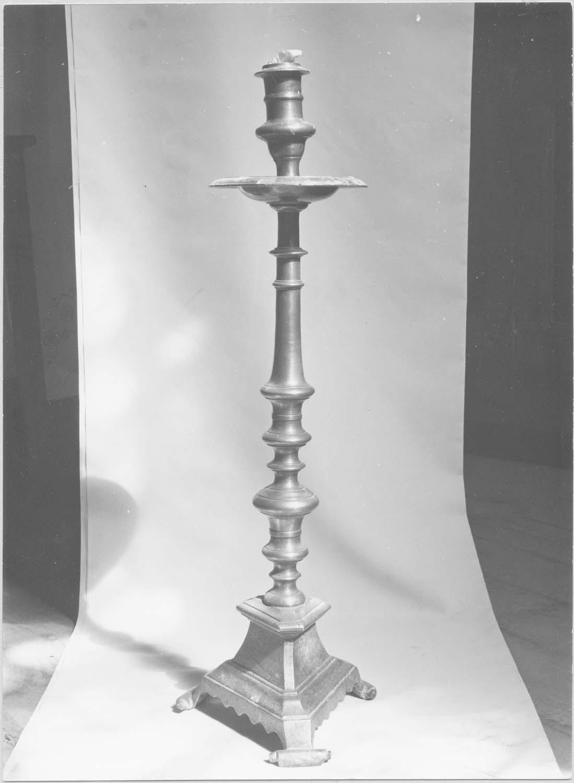 chandeliers d'autel, vue générale