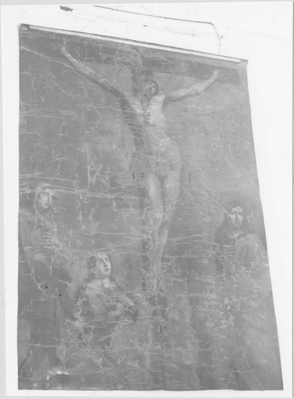 tableau : Le Christ en croix entre la Vierge, saint Jean et sainte Marie-Madeleine, vue générale