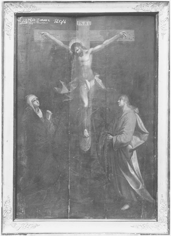 Tableau (panneau peint) : Le Christ en croix entre la Vierge et saint Jean