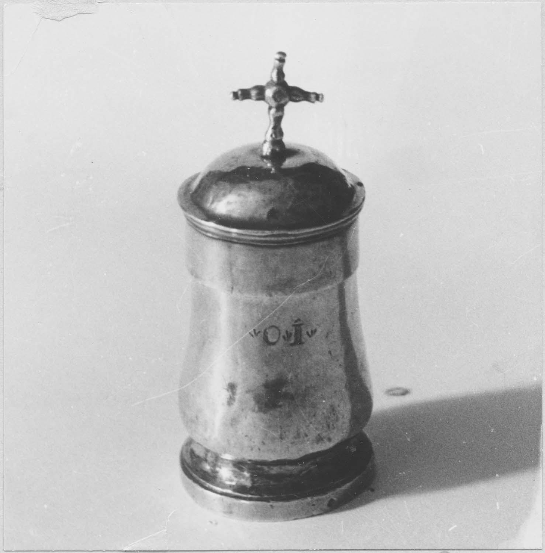 ampoule aux saintes huiles (chrémeau), vue générale