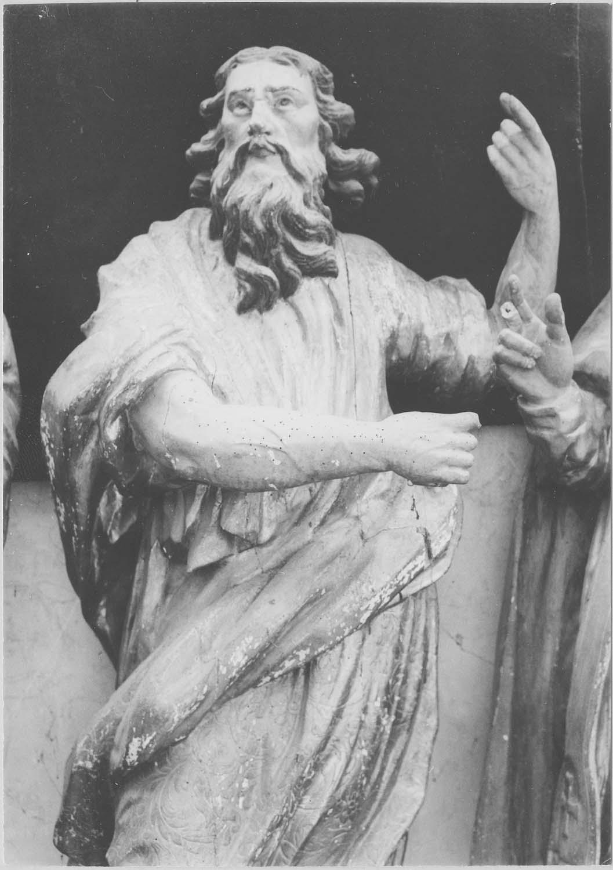 statue : saint Philippe (?)
