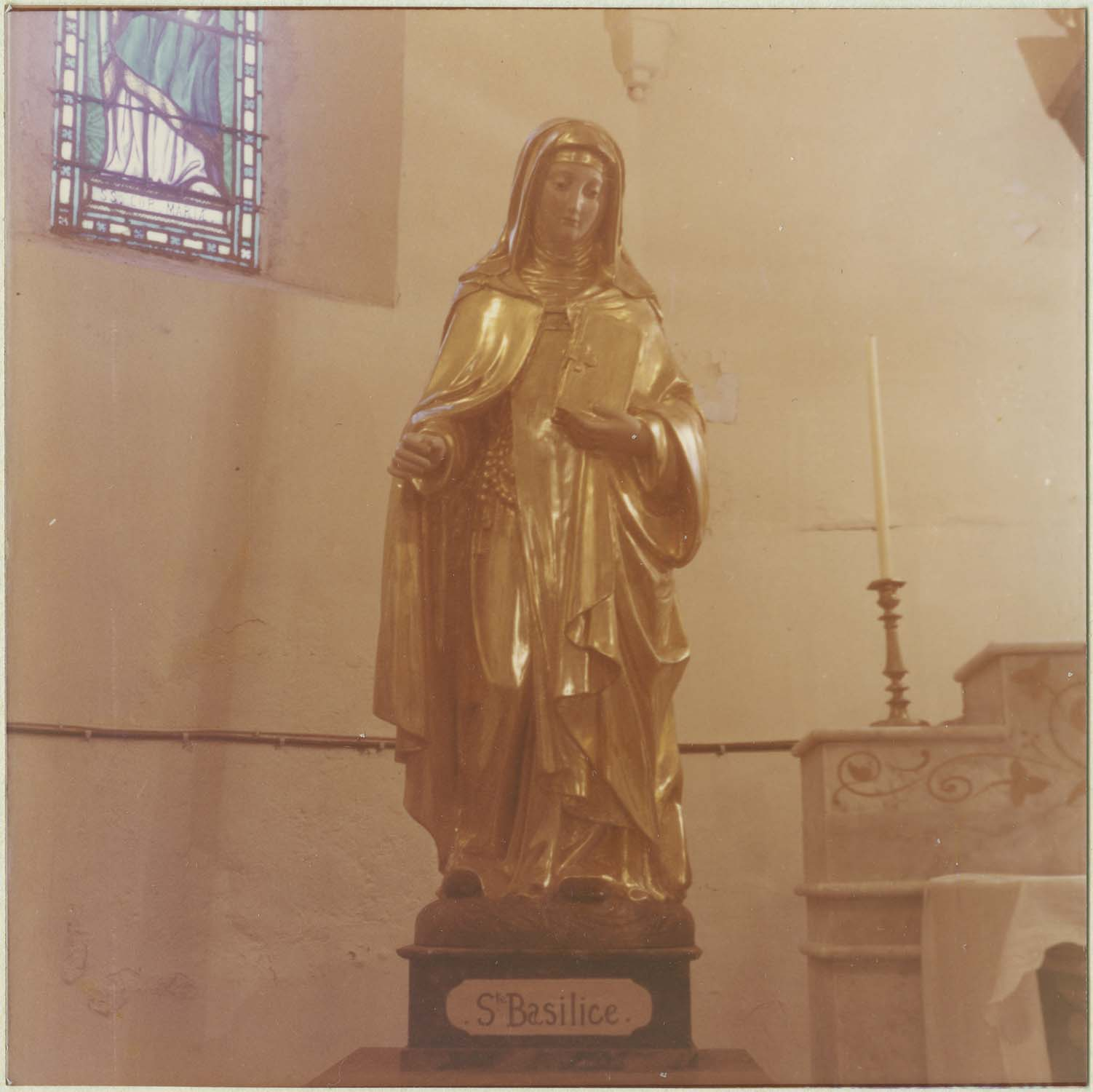 statue : sainte Basilisse