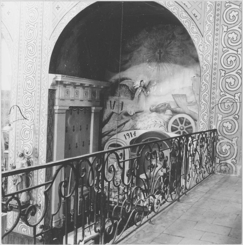 clôture de choeur (table de communion), actuellement garde-corp de tribune
