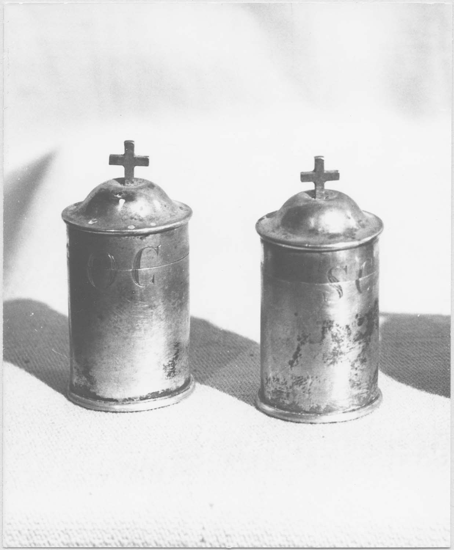ampoules aux saintes huiles