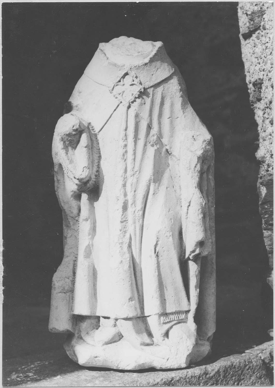 statue : évêque