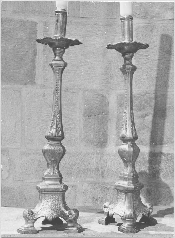 chandeliers du maître-autel