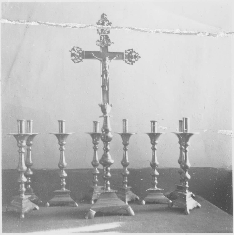 garniture d'autel : croix