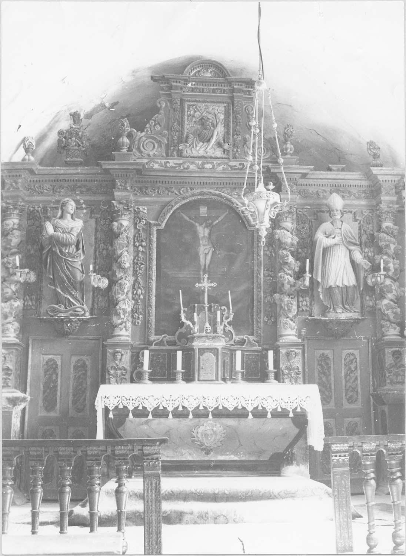 autel, retable, statues: la Vierge, saint Martin, tableau: La Crucifixion (maître-autel)