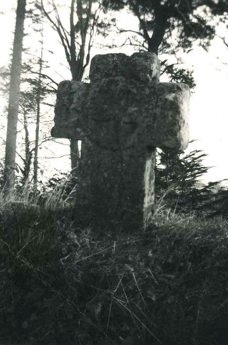 Croix monolithe: Vue générale