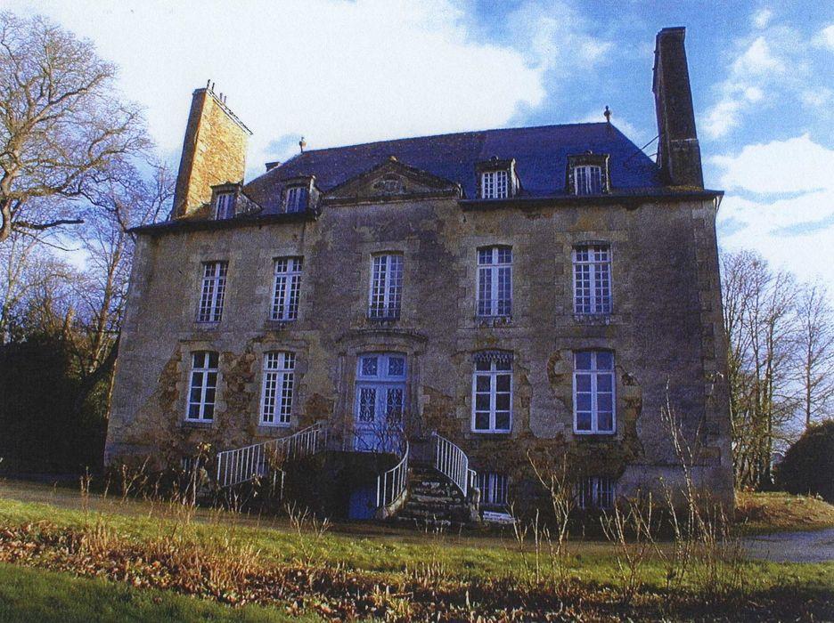 Château de Monchoix: Façade ouest, vue générale