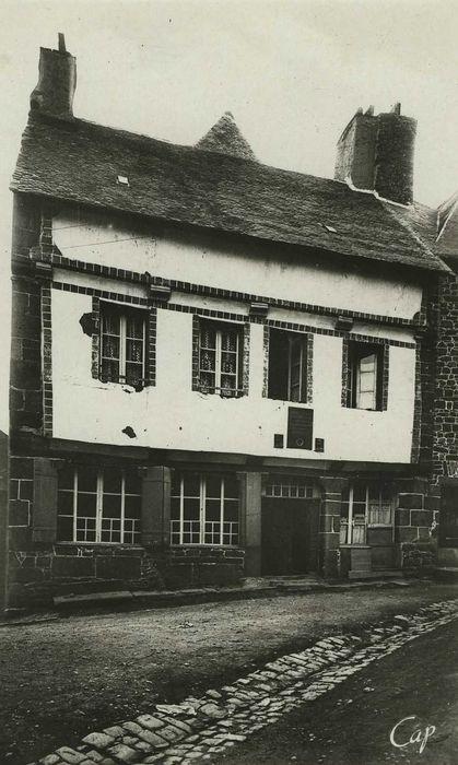 Maison d'Ernest Renan, acutellement musée Renan: Façade sur rue, vue générale
