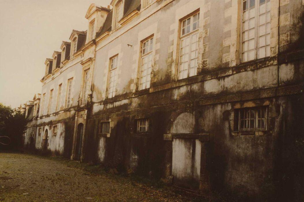 Manoir du Mail, anciennement appelé hôtel du Plessis: Façade nord, vue générale