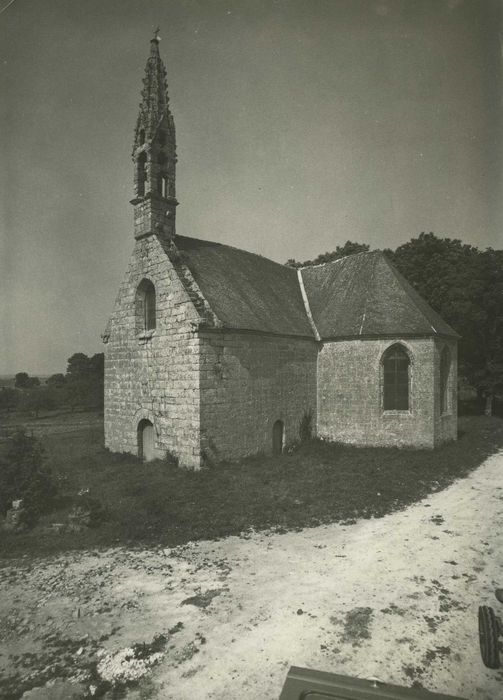 Chapelle Neuve et sa fontaine