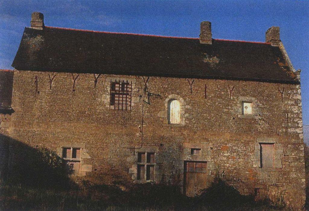 Manoir du Plessis-Rebours: Logis, façade sud, vue générale