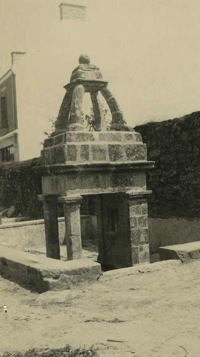 Fontaine du bourg: Vue générale