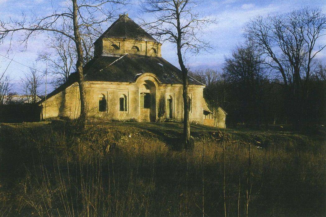 Château: Fabrique du jardin dit Temple de Bacchus, ensemble ouest, vue générale