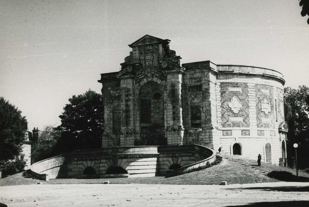 Ancien château d'eau: Vue générale