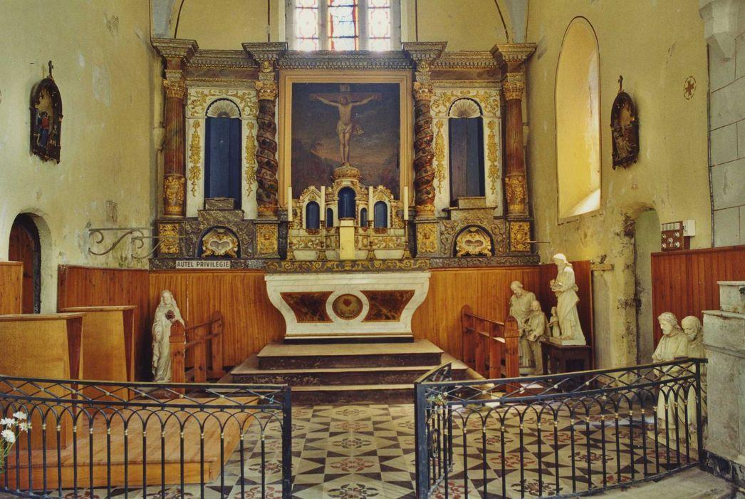 Autel (maître-autel) avec son tabernacle et son retable