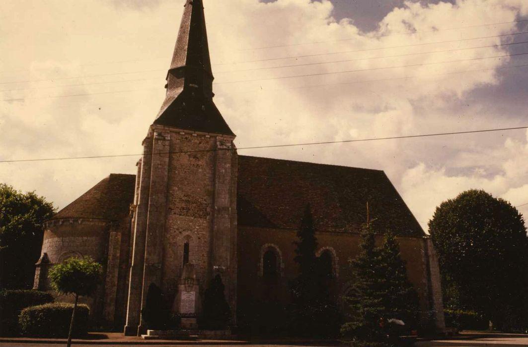 Eglise Saint-Séverin: Façade latérale nord, vue générale