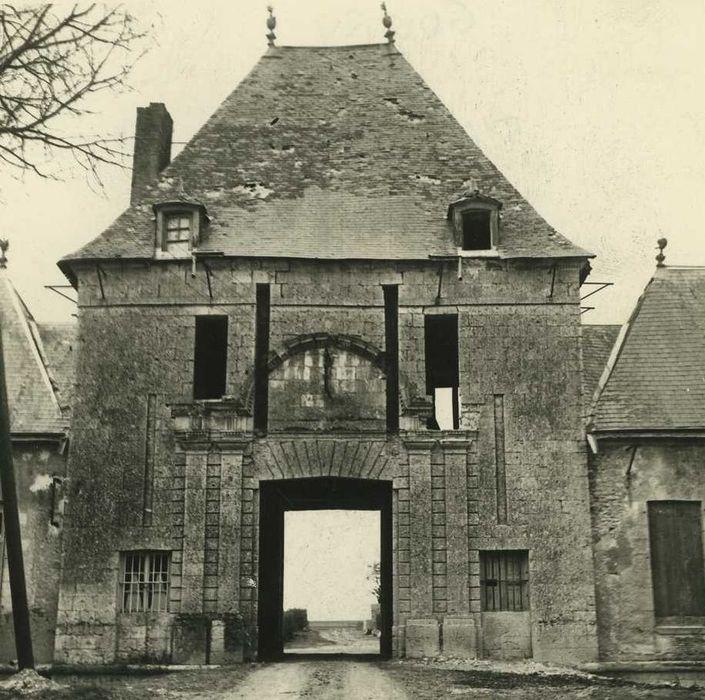 Château de Goury: Porterie, élévation nord, vue générale