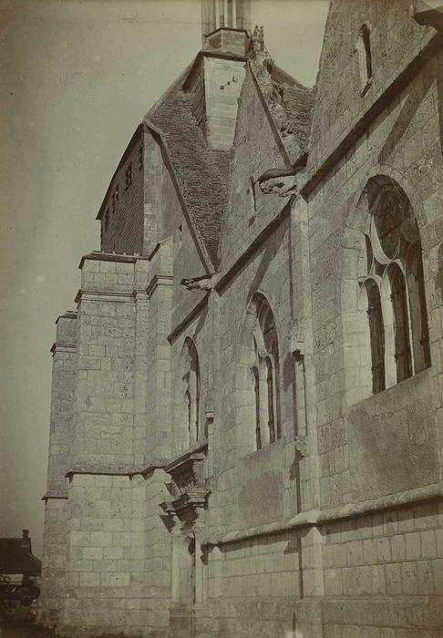 Eglise Saint-Georges: Façade latérale sud, vue partielle