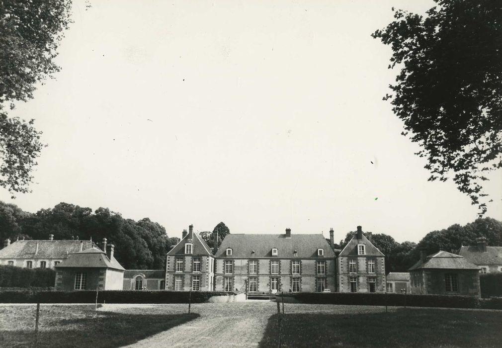 Château de Blanville: Ensemble nord-ouest, vue générale