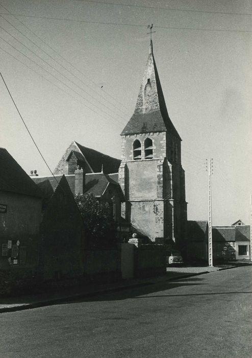 Eglise Saint-Jean-Baptiste: Clocher, vue générale