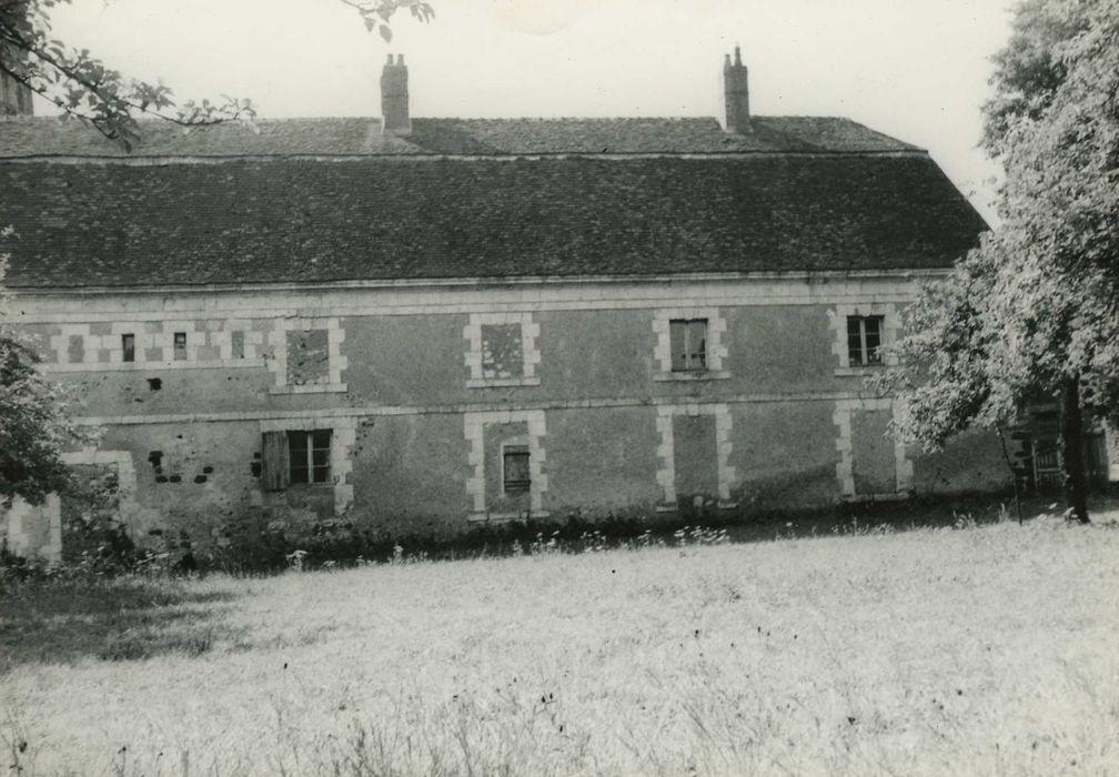 Abbaye de la Sainte-Trinité: Presbytère, façade antérieure, vue partielle