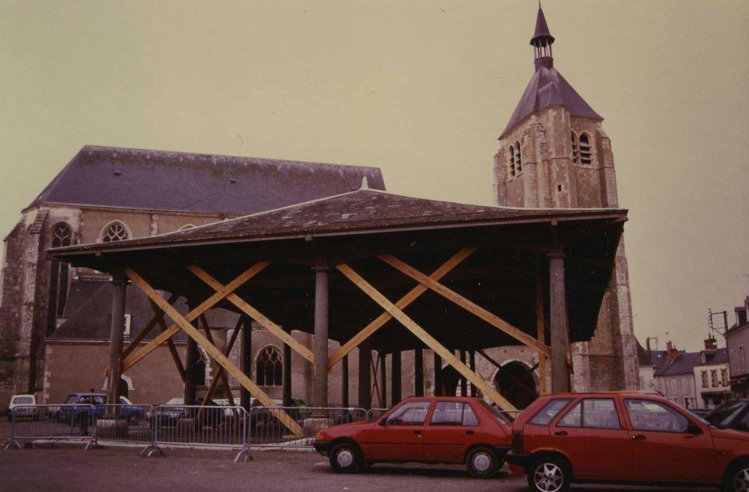 Ancien hangar à bateaux, dit Halle Saint-Pierre: Vue générale