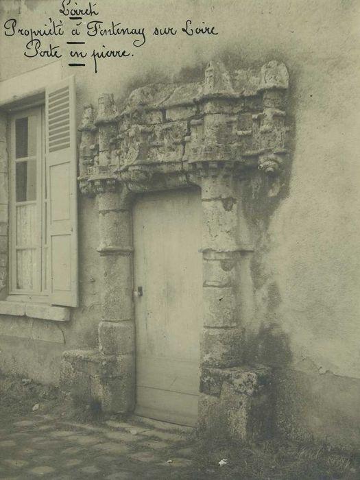 Maison: Porte d'accès, vue générale