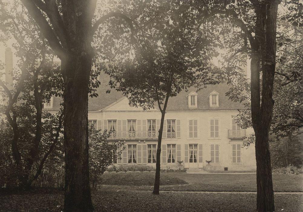 Couvent de la Visitation, dit aussi Château: Façade est, vue partielle