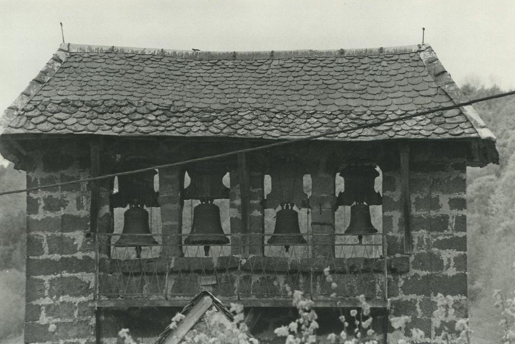 Eglise Saint-Cyr et Sainte-Julitte: Clocher, vue générale