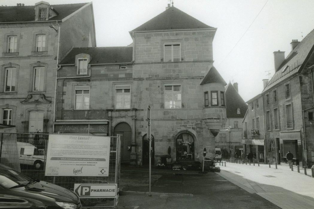 Maison dite hôtel Thiebaut de Montureux: Façade nord, vue générale