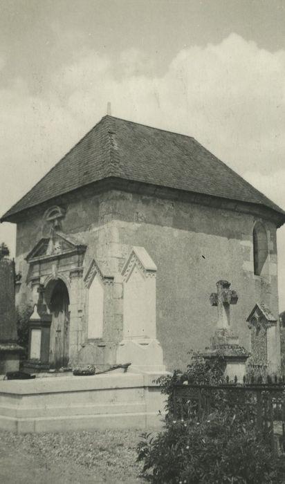 Chapelle du cimetière: Façades sud et ouest, vue générale