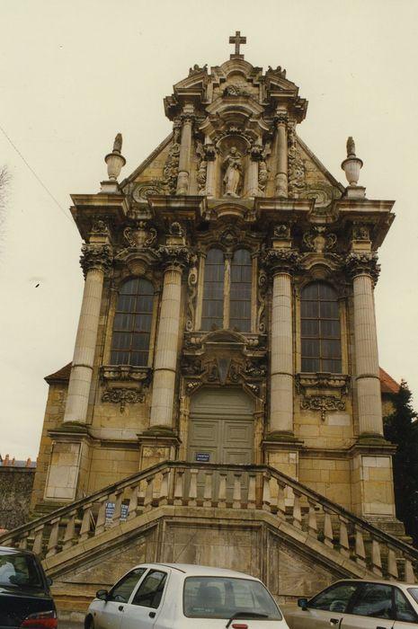 Couvent des Soeurs de la Charité: Chapelle, façade occidentale, vue générale