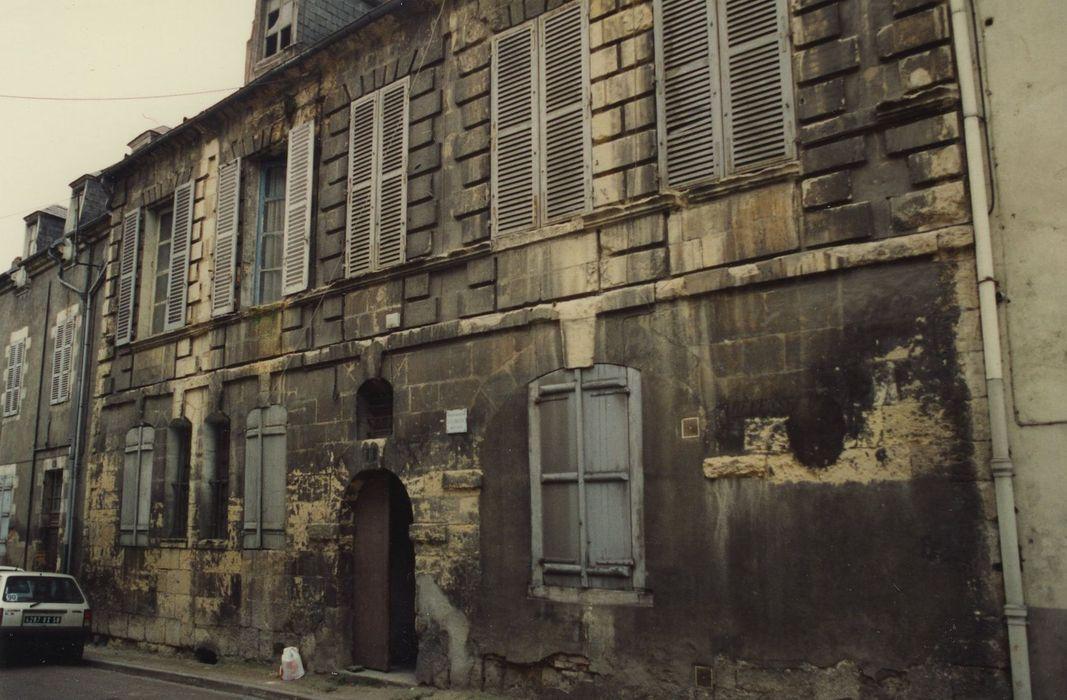 Ancienne faiencerie de l'Autruche: Façade sur rue, vue générale