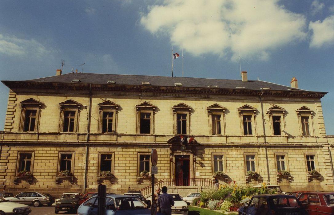 Hôtel de ville: Façade sud, vue générale
