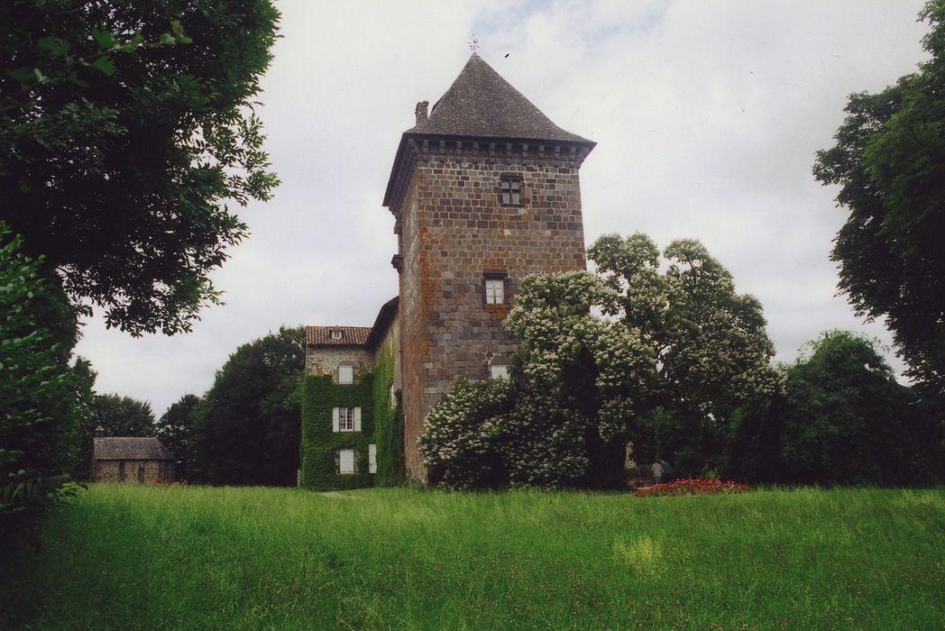 Château de Broussette: Ensemble sud-ouest, vue générale