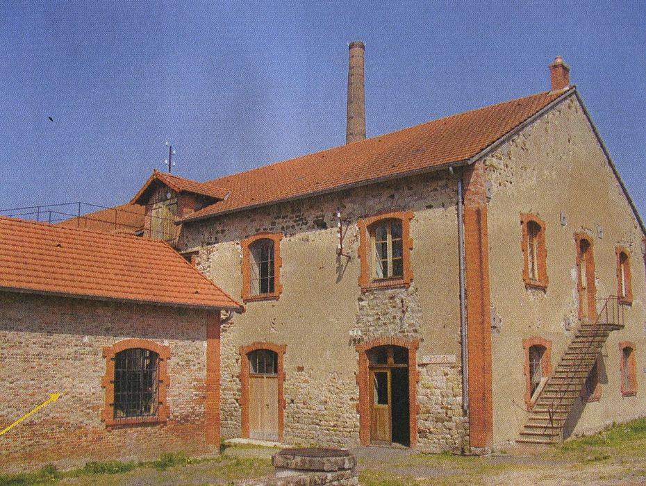 Briqueterie des Touillards-Vairet-Baudot: Bâtiment de fabrication des briques, vue partielle